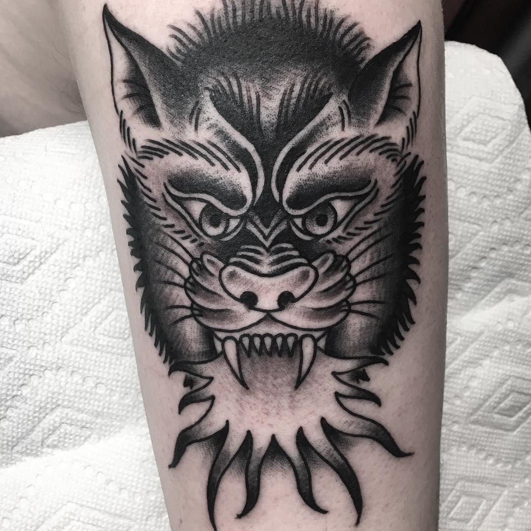 公先生大臂oldschool虎纹身图案